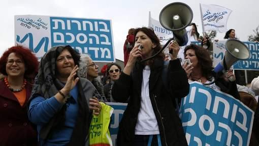 Israël : des centaines de femmes ont marché pour la paix versJérusalem