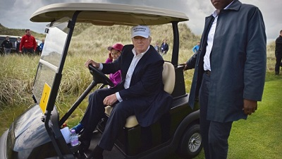 trump.golf_.cart_